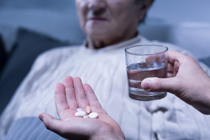 Ways to Help Your Loved Ones Swallow Meds with Unpleasant Taste